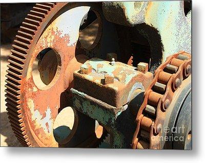 Rusty Wheel Gear Metal Print by Carol Groenen