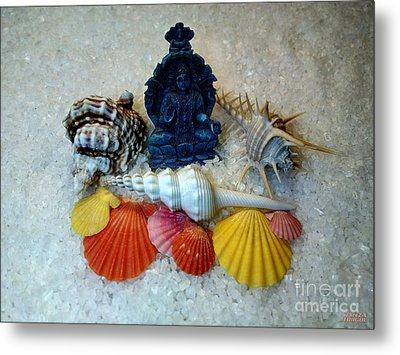 Safeguard Symbol Seashells Metal Print by Hanza Turgul