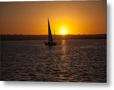 Sailing At Sunset Metal Print by Margaret Buchanan