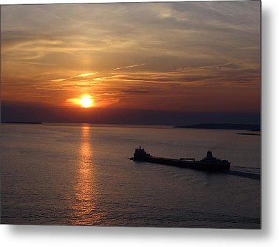 Sailing Into The Sunset Metal Print by Keith Stokes