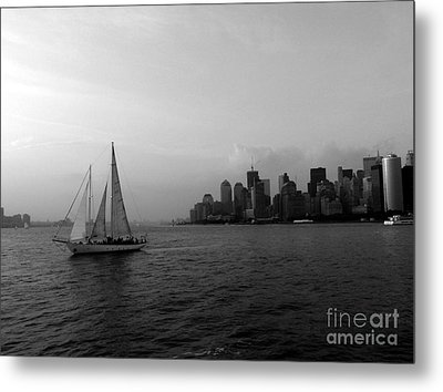 Sailing On The Hudson Metal Print by Avis  Noelle
