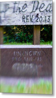 Metal Print featuring the photograph Sailor's Memorial by Erin Kohlenberg