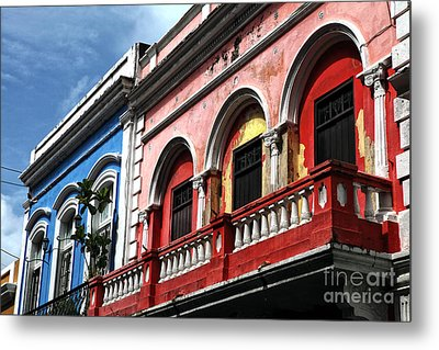 San Juan Balcony Metal Print by John Rizzuto