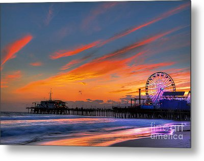 Santa Monica Pier At Dusk Metal Print