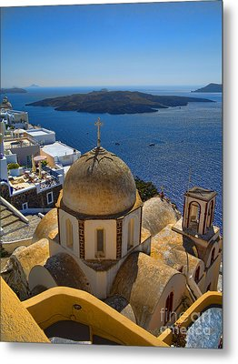 Santorini Caldera With Church And Thira Village Metal Print by David Smith