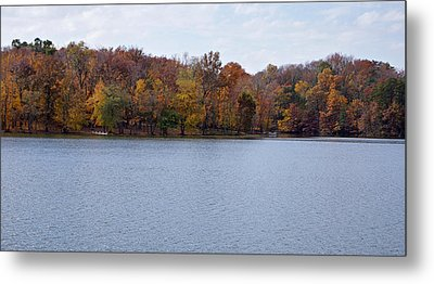 Scales Lake In Autumn Metal Print by Sandy Keeton