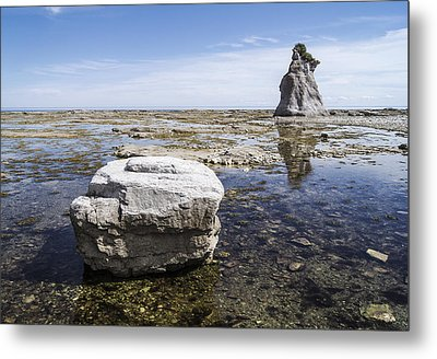 Metal Print featuring the photograph Sculpted Rock On Naked Isld by Arkady Kunysz