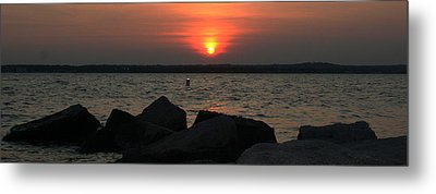 Sea Sun And Rocks Metal Print by Stephen Melcher