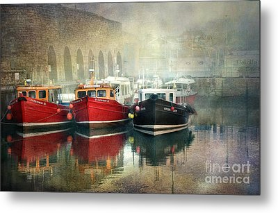 Metal Print featuring the photograph Seahouses Harbour In Mist by Brian Tarr