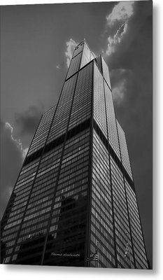 Sears Willis Tower Black And White 01 Metal Print by Thomas Woolworth