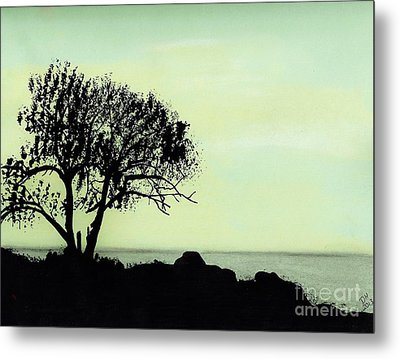 Metal Print featuring the drawing Seashore Silhouette by D Hackett