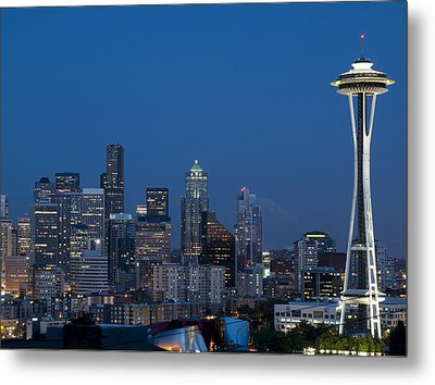 Seattle Nights Metal Print by David Yack