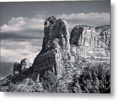 Sedona Arizona Mountain Peak - Black And White Metal Print