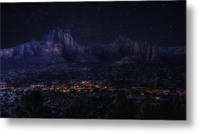 Metal Print featuring the photograph Sedona By Night by Lynn Geoffroy