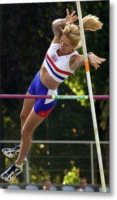Senior British Female Pole Vaulter Metal Print by Alex Rotas