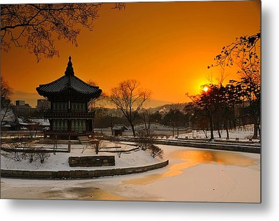 Seoul Palace Sunset Metal Print by Aaron Bedell