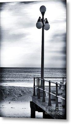 Serenity At The Shore Metal Print