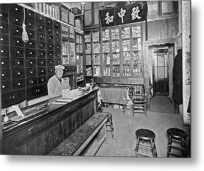 Sf Chinese Apothecary Metal Print by Underwood Archives