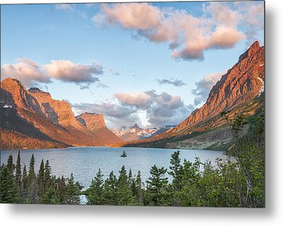 Shadowing Goose Island Metal Print by Jon Glaser