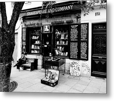 Shakespeare And Company Boookstore In Paris France Metal Print by Richard Rosenshein