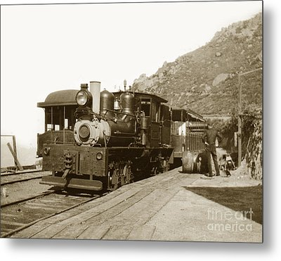 Metal Print featuring the photograph Shay No. 498 At The Summit Of Mt. Tamalpais Marin Co California Circa 1902 by California Views Mr Pat Hathaway Archives