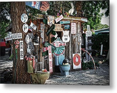Shed Toilet Bowls And Plaques In Seligman Metal Print