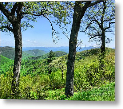Shenandoah Mountain Ridge Metal Print by Scott Cameron