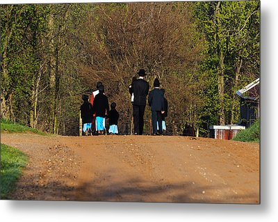 Shipshewanna Amish Family On Their Way To Church Metal Print by Jay Dreifus