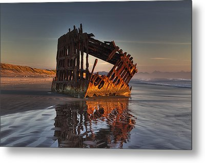 Shipwreck At Sunset Metal Print by Mark Kiver