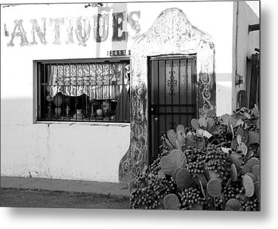 Metal Print featuring the photograph Shoppin' Las Cruces by Jim Snyder