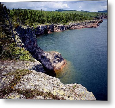 Shovel Point Metal Print by Tim Hawkins