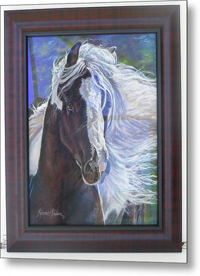 showing frame on Pearlie King Metal Print