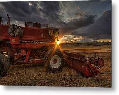 Shut Down Metal Print by Mark Kiver
