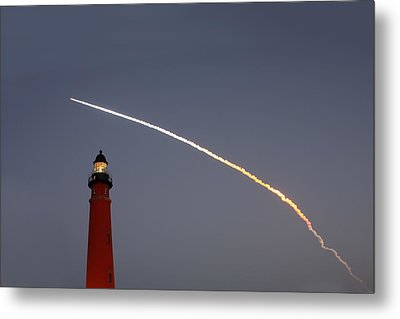 Metal Print featuring the photograph Shuttle Discovery Liftoff Over Ponce Inlet Lighthouse by Paul Rebmann