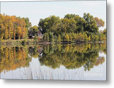 Silence And Solatuid  Metal Print by Lori Tordsen