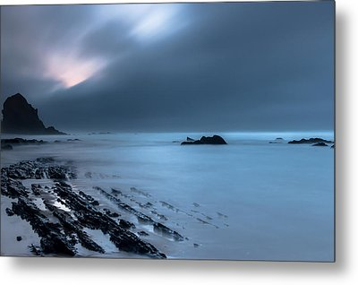 Metal Print featuring the photograph Silence by Edgar Laureano