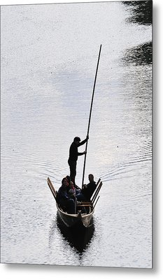 Silhouette Of A Punt On The River Metal Print by Matthias Hauser