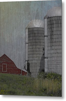 Silo And Barn Metal Print by Photographic Arts And Design Studio