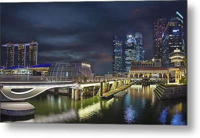 Singapore City By The Fullerton Pavilion At Night Metal Print by David Gn