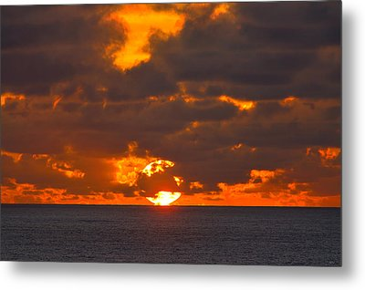 Sinking In The Sea Metal Print by Greg Norrell