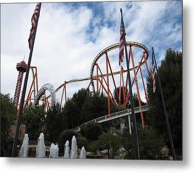 Six Flags Magic Mountain - 12123 Metal Print