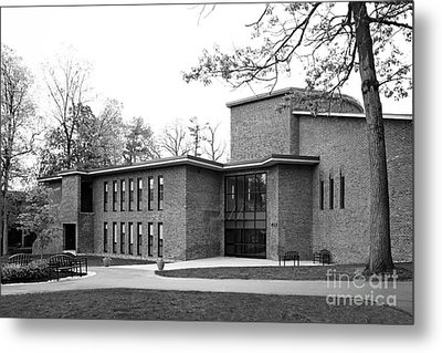 Skidmore College Filene Hall Metal Print by University Icons