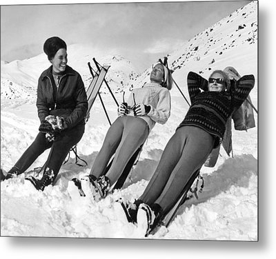 Skiers Basking In The Sun Metal Print by Underwood Archives