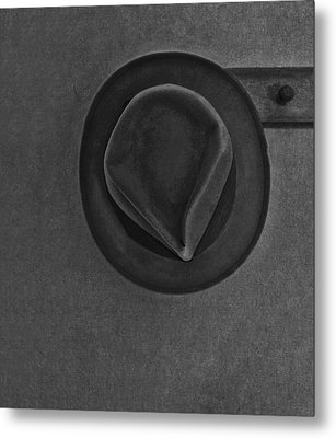 Skinnys Hat Metal Print by Bob RL Evans