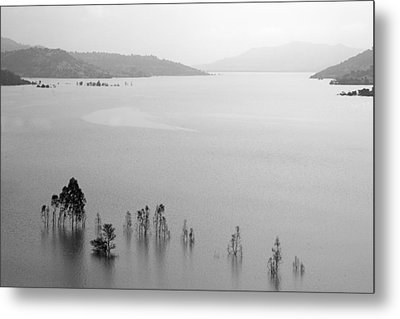 Metal Print featuring the photograph Skc 0055 A Hazy Riverscape by Sunil Kapadia