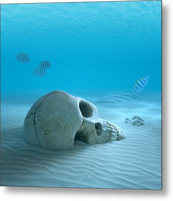 Skull On Sandy Ocean Bottom Metal Print by Johan Swanepoel