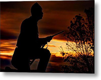 Sky Fire - 1st Pa Cavalry Regiment-a1 Cemetery Ridge Near Copse Of Trees Dawn Autumn Gettysburg Metal Print by Michael Mazaika