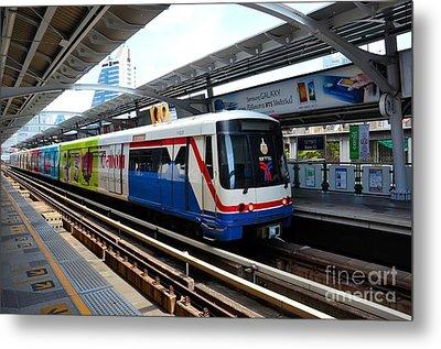 Skytrain Carriage Metro Railway At Nana Station Bangkok Thailand Metal Print by Imran Ahmed