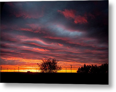 Metal Print featuring the photograph Skywaves In Pink by Shirley Heier