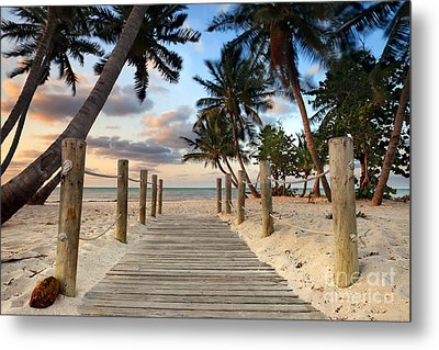 Smathers Beach 2 Metal Print by Rod McLean